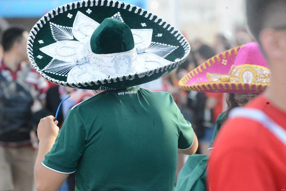 Шляпы всех страны, объединяйтесь!