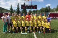 Женская сборная по футболу заняла второе место на Первенстве России.
