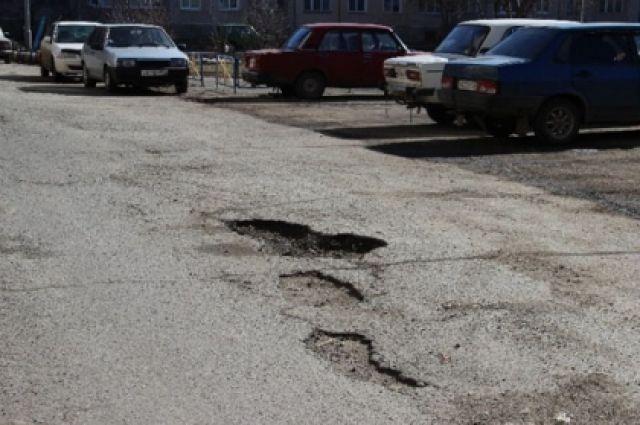 58 участков дорог отремонтируют в нынешнем сезоне. Их протяженность - 97 км.