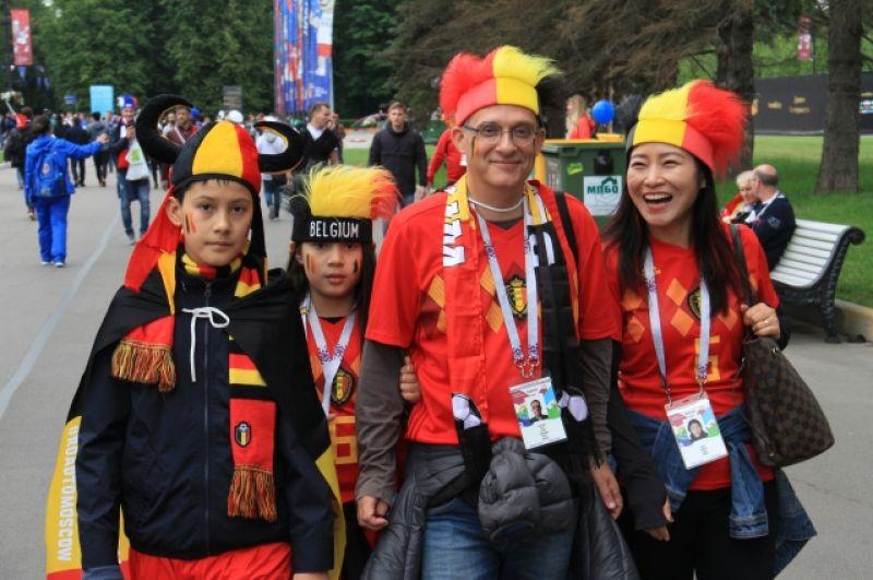 Тысячи бельгийцев приехали поддержать свою сборную.