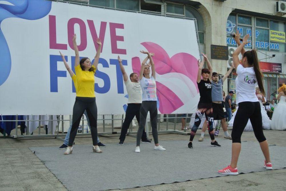 Конкурс «Фитнес пара» в рамках фестиваля-конкурса новобрачных «Love Fest»