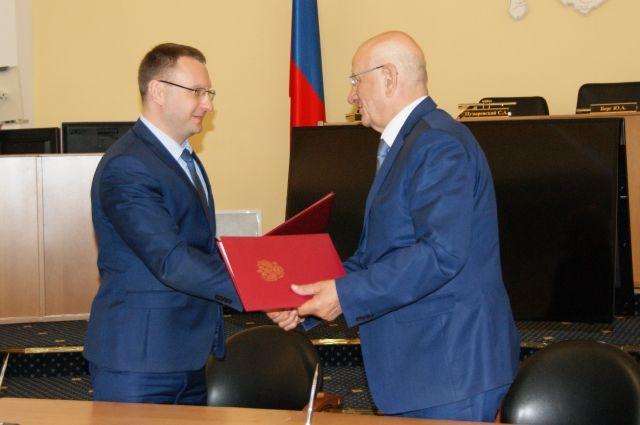 Подписанное соглашение поможет продолжить совместную работу по развитию и защите конкуренции в Оренбуржье.