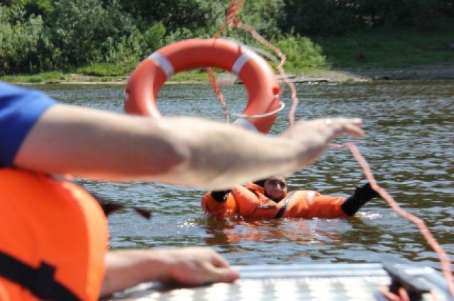 Следователи Ростовской области начали проверку пофакту погибели подростка, утонувшего вреке