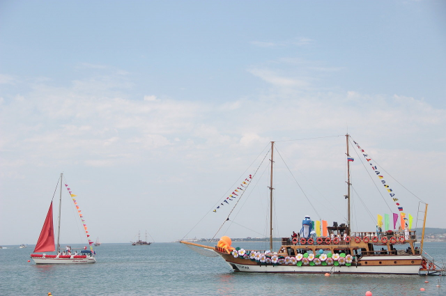 28июля вГеленджике пройдет карнавал наводе