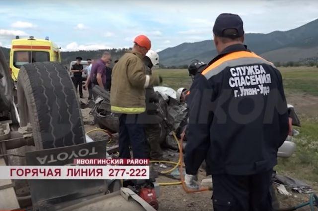Смертельное ДТП произошло в пригороде Улан-Удэ, погибли трое кузбассовцев.