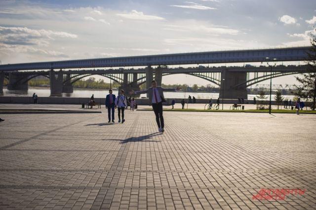 Парень чуть не утонул недалеко от Димитровского моста