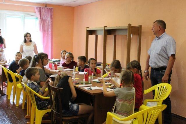 Кроме детей из Березовского, в лагерях отдохнут и школьники из соседних территорий.