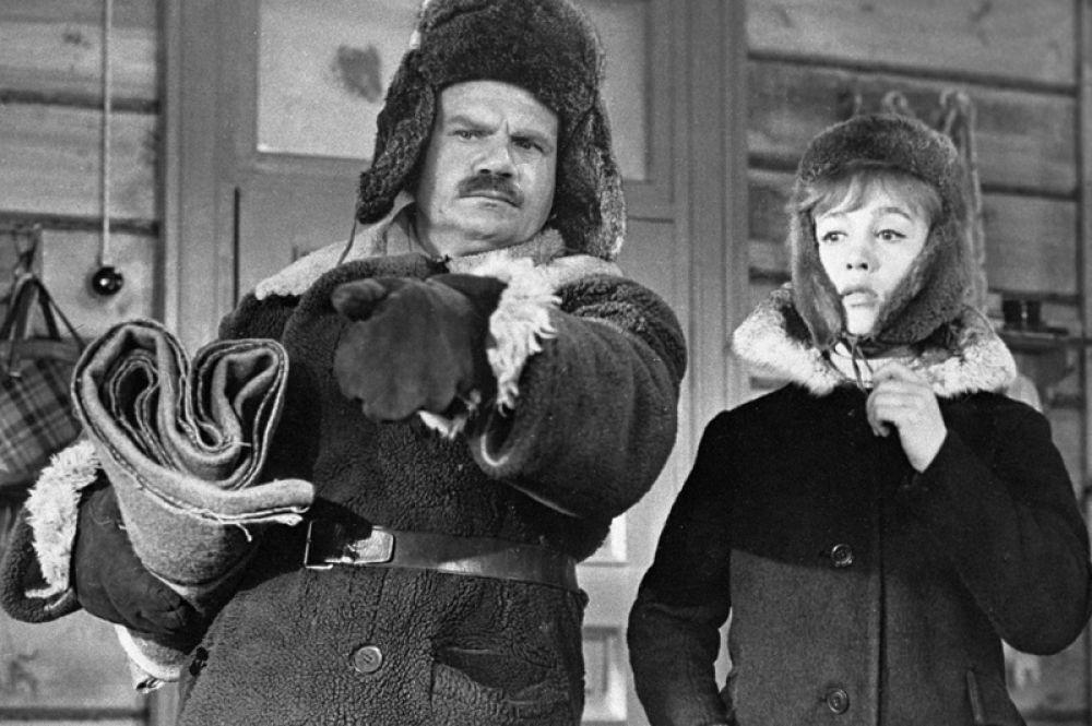 «Девчата» (1961) — комендант.