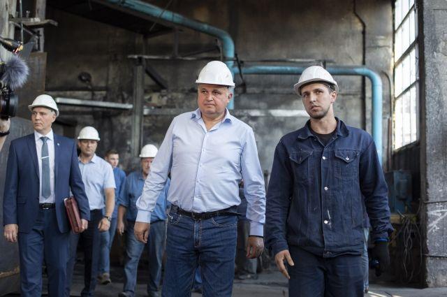 Сергей Цивилев посетил котельную в районе жилой застройки Томь-Усинского завода железобетонных конструкций.