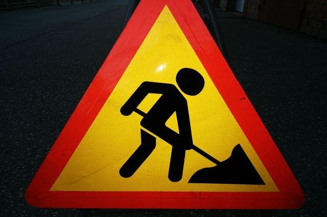 Дорожники ремонтируют ямальские трассы, не выбиваясь из графика