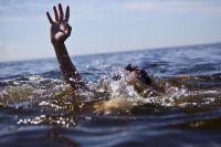 В Днепропетровской области из водоема вытащили труп мужчины