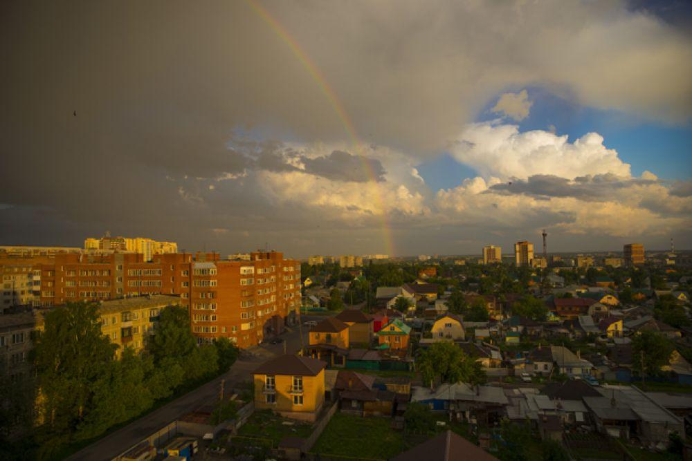 Когда в городе становится немного прохладнее, жизнь в столице Сибири не утихает.