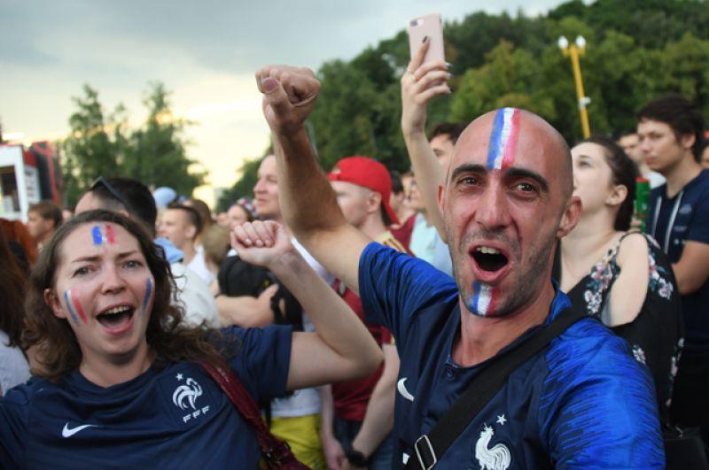 Болельщики сборной Франции.