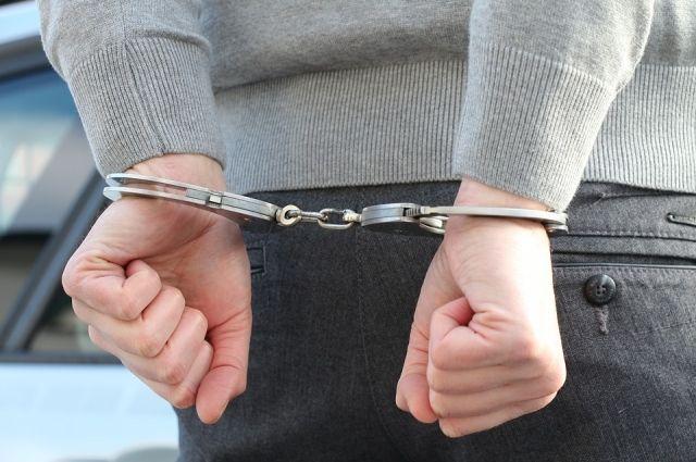 В Орске осужден на 8 лет житель Коми за покушение на сбыт наркотиков.