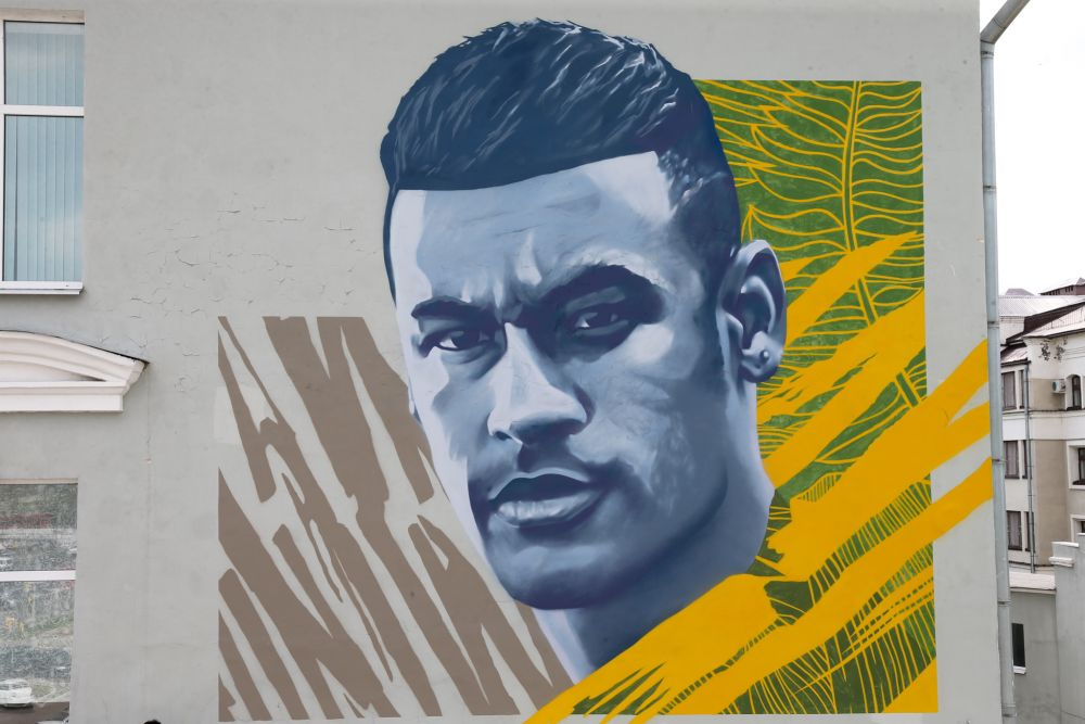 Граффити с изображением Неймара. Это изображение футболист выложил в своем Инстаграме, где у него почти 100 млн подписчиков.