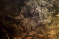 Мусорная свалка в Тобольске продолжает тлеть