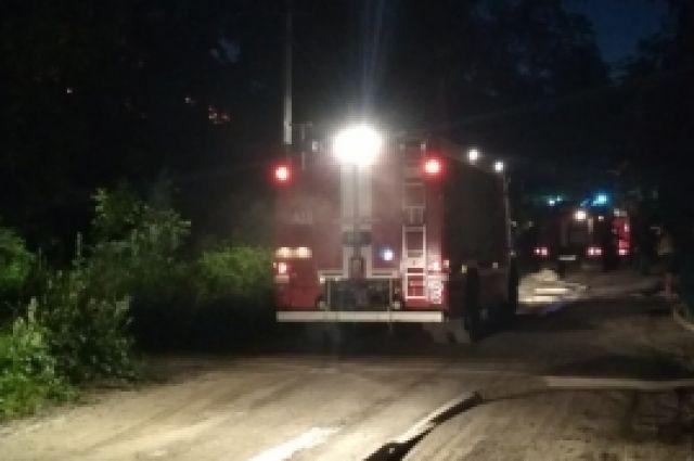 Пожар в многоквартирном доме начался около двух часов ночи.