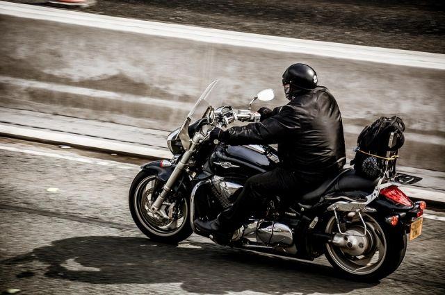 Часто мотоциклисты забывают про технику безопасности.