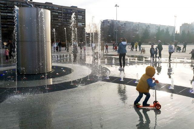 Тюменку возмутил неработающий фонтан в центре города