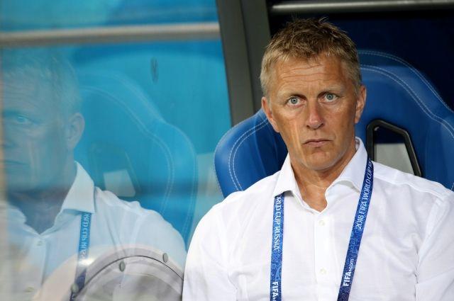Главный тренер сборной Исландии пофутболу ушёл вотставку