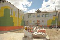 Стены нового детсада в Губкинском распишут Питерские художники