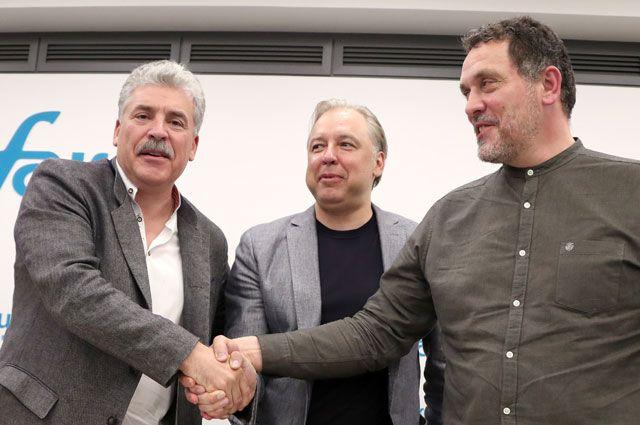 Павел Грудинин, кандидат напост мэра Москвы Вадим Кумин иМаксим Шевченко.