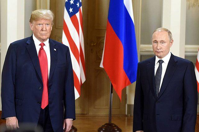 Дональд Трамп и Владимир Путин во время совместной пресс-конференции после переговоров в Хельсинки.