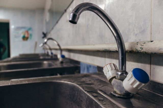 В Донецкой области украли водопроводную трубу: люди остались без воды