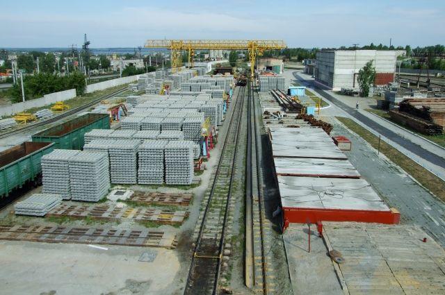 910 тысяч шпал в год производят на Челябинском заводе железобетонных шпал