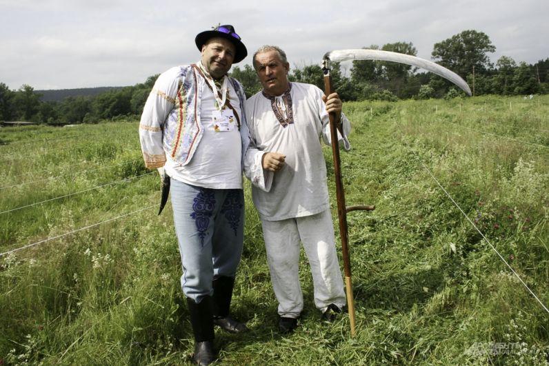 Команда из Словакии ещё на прошлых турнирах сказала уральцам: «Мы ваши навеки». Состязания косарей для Словакии дело обычное, но в поселке Арти, по их словам, дух особенный.