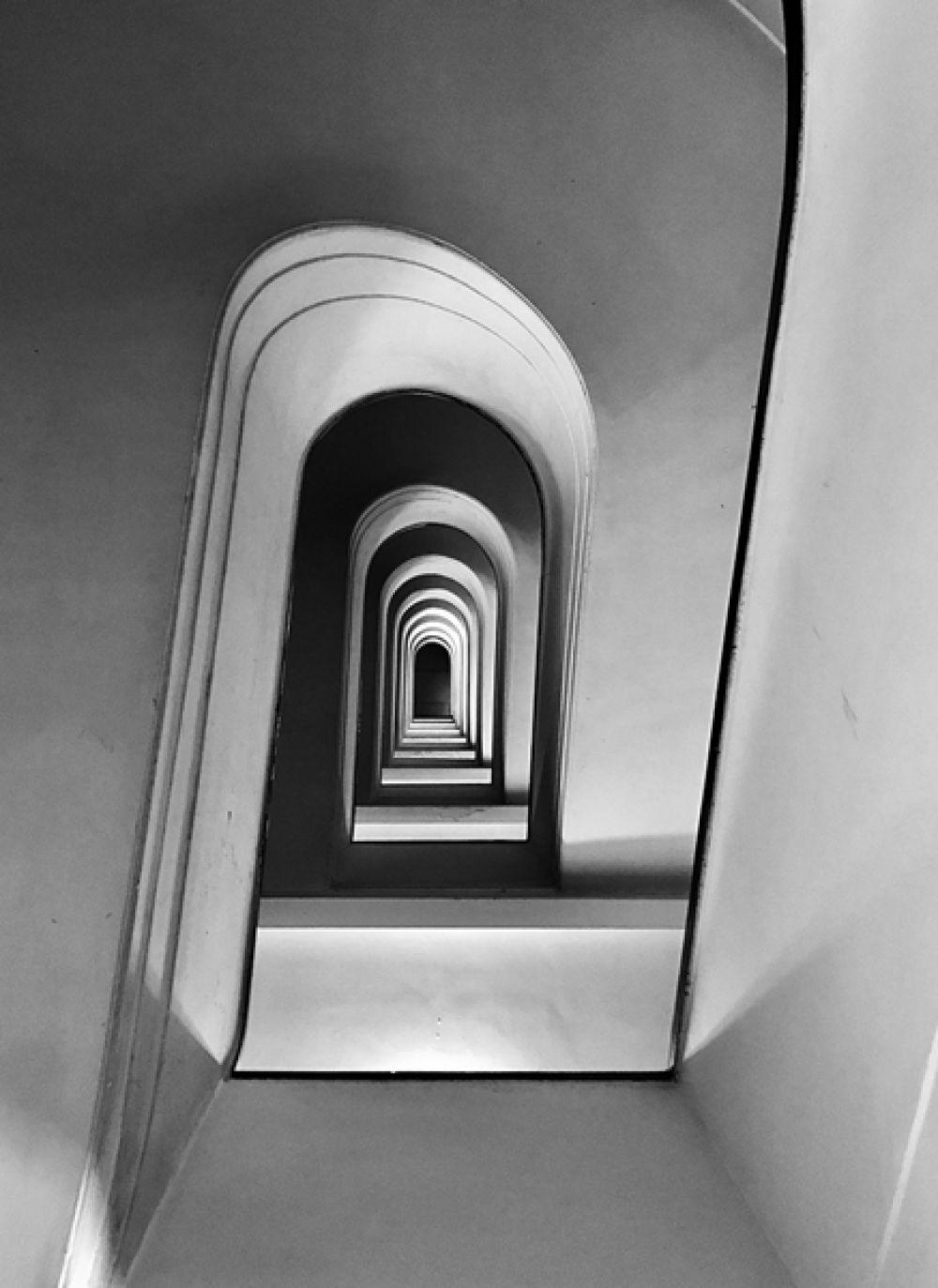 Массимо Грациани, Италия. 1-е место в категории «Архитектура». Римская лестница на Виа Аллегри. Снято на iPhone 7 Plus.