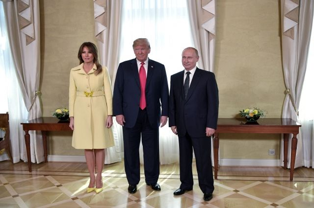 Появилось видео, как Меланью Трамп «перекосило» после рукопожатия В.Путина