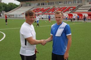 Главный тренер клуба Константин Парамонов и капитан Евгений Тюкалов.