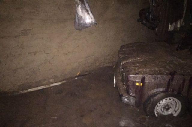 СК проводит проверку после гибели супругов в Шарлыкском районе из-за ливня.