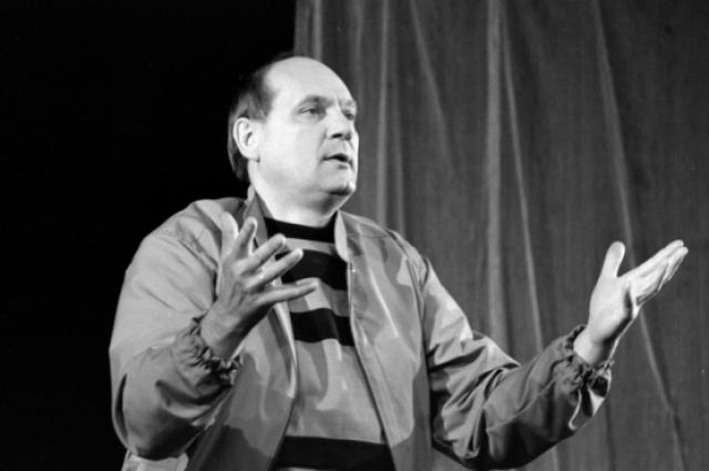 Жуковский был предан театру.