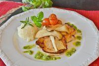 Из грибов можно приготовить множество вкусных блюд.