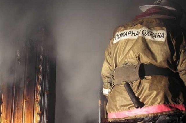 Пожар в жилом доме на ул. Мира в Березниках начался в первом часу ночи.