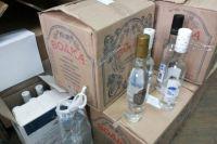 У военнослужащего изъяли крупную партию контрафактного алкоголя.
