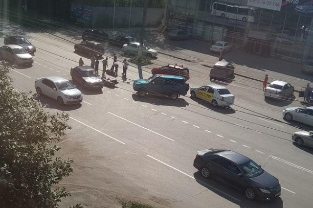ДТП произошло на проспекте Ленина.