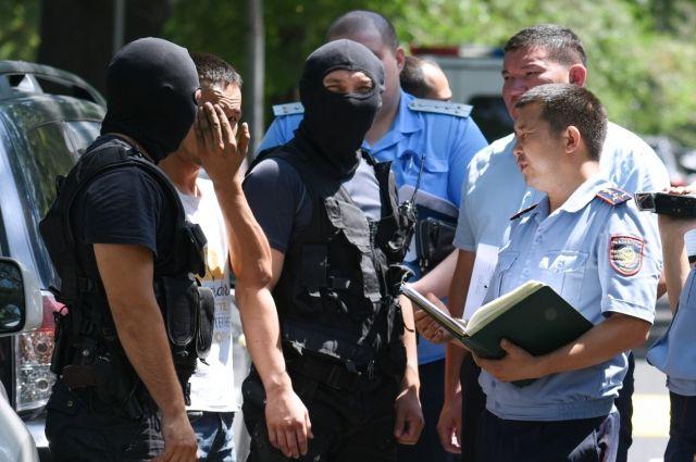 Двух подозреваемых в убийстве фигуриста Тена арестовали – СМИ