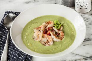 Холодный суп гуакамоле с креветками
