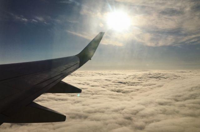 Самолет отправился в Омск.