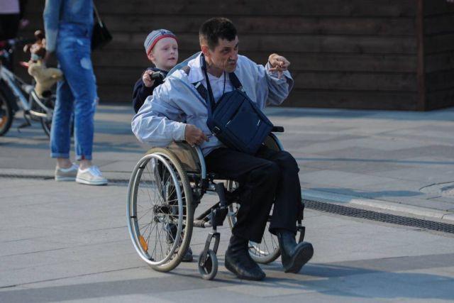 Вопрос трудоустройства инвалидов - проблема всего общества