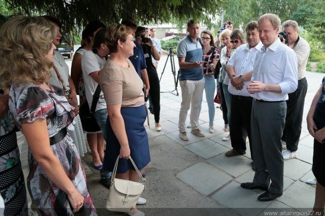 Рабочий визит Виктора Томенко в Романовский район