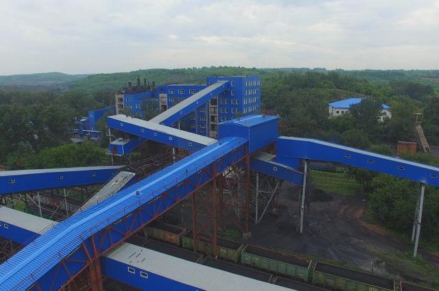 На разрезах Кузбасса добыли больше угля, чем из шахт.