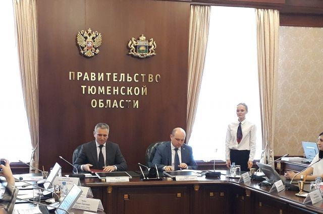 Александр Моор встретился с президентом Федерации компьютерного спорта