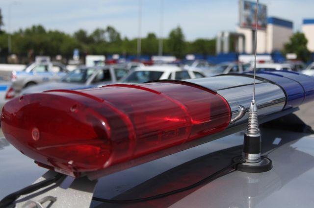 Водитель легкового автомобиля пытался уйти от столкновения.