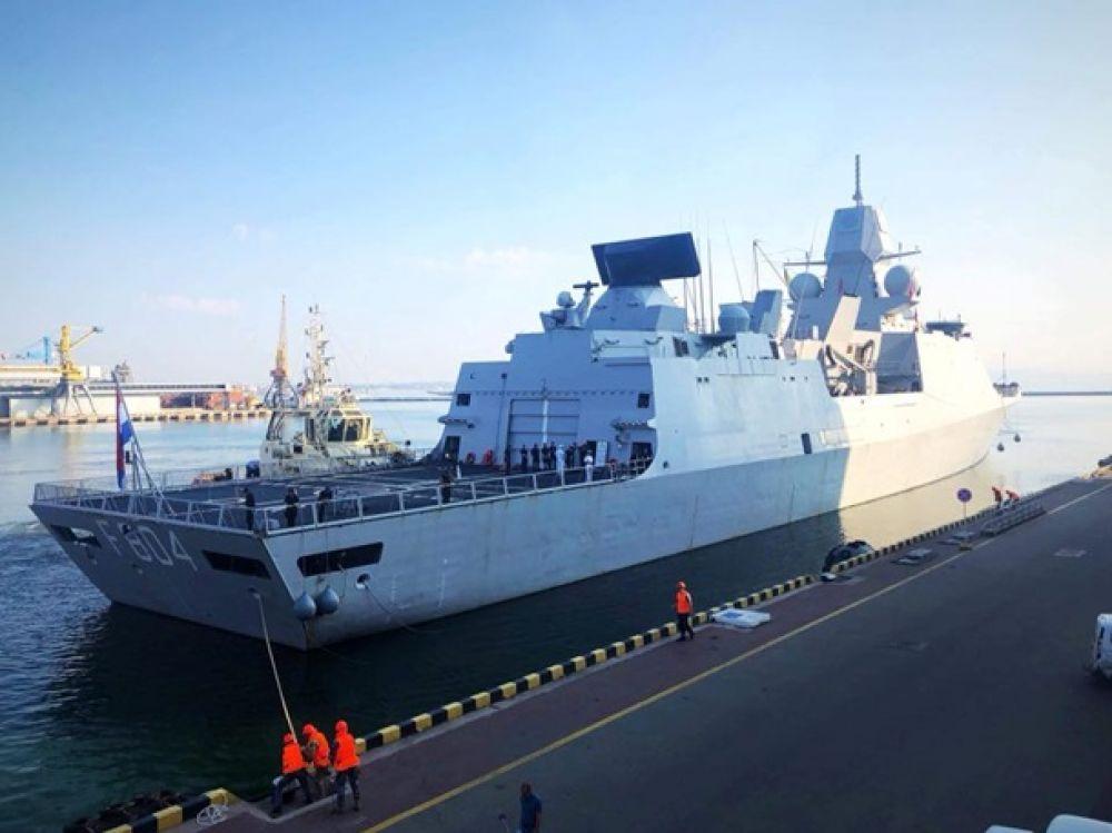 Корабли входят в Постоянную военно-морскую группу и Постоянную противоминную военно-морскую группу Северноатлантического альянса.