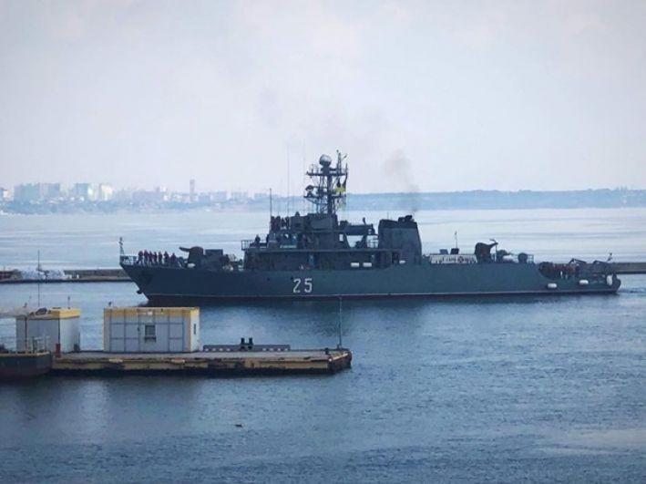 Cразу шесть кораблей Альянса зашли с в одесский порт.