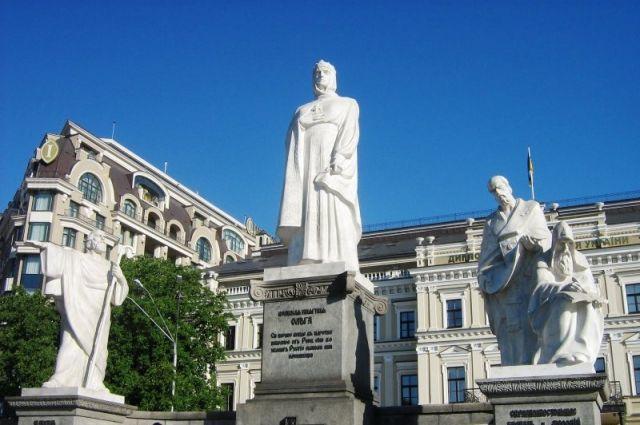 24 июля: день княгини Ольги, именинники, фаза луны, православный праздник